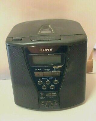 Vintage - Sony ICF-CD833 Clock Radio, CD Player & Mega Bass speakers