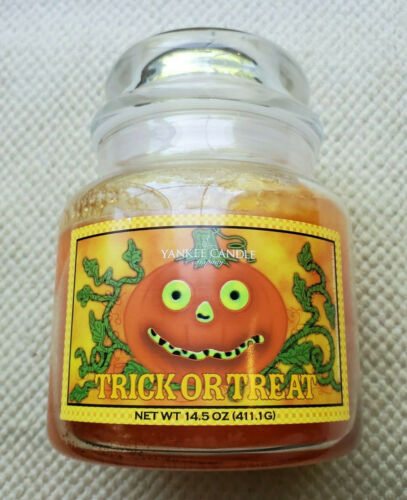 Yankee Candle Retired Trick or Treat Glowing Pumpkin Label 14.5 oz Halloween Fun
