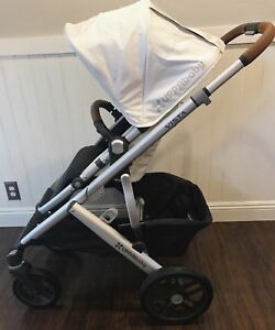 Like new 2018 UPPAbaby VISTA double/twin
