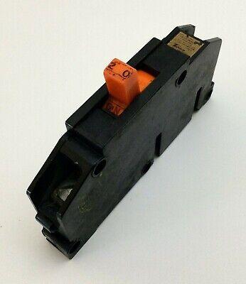 Q20 Zinsco Gte Sylvania Type T Plug-in Circuit Breaker 1 Pole 20 Amp 120v Red