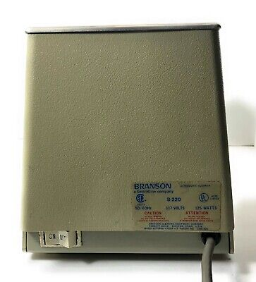 Branson B-220 Laboritory Bench Top Ultrasonic Bath Parts Cleaner Commercial