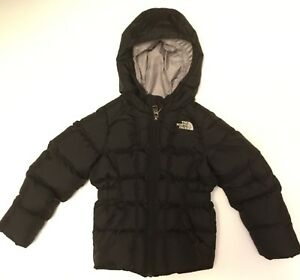 The North Face Girl's 550 Down Coat 4T Like New