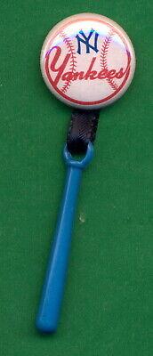 "1955 STYLE Post Cereal 1"" RP PIN New York YANKEES Premium w/ Baseball Bat Charm"
