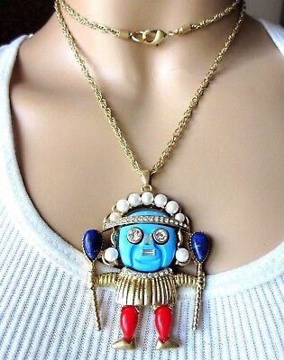 Amazing Lucite Resin VooDoo Witch Doctor Necklace!](Witch Doctors Necklace)
