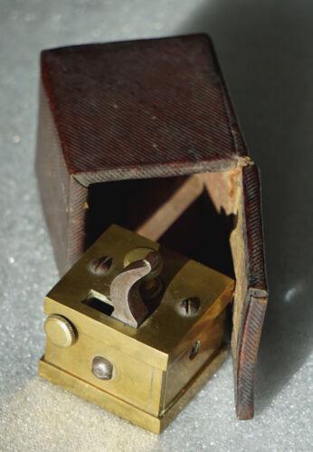Bloodletting Tool (Scarificator), 16 Blades, Civil War Era. Original Box.