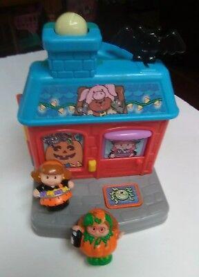 Little People Halloween House, Mom with Treats, Orange Pumpkin Costume Ghost - Toy Mom Halloween