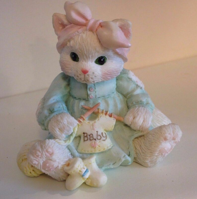 CALICO KITTENS BY PRISCILLA HILLMAN - HAND KNITTED WITH LOVE