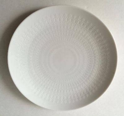 "Rosenthal Romance Motif White 10 3/8"" Dinner Plate Germany China Bjorn Wiinblad"