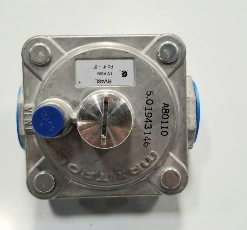 "Maxitrol Gas Nat Regulator 3/4"""