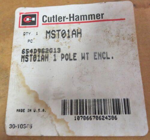 Cutler-Hammer MST01AH Manual Motor Starter W/ Enclosure