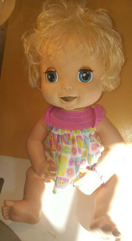 Baby Alive 2006 Soft Face Works Interactive talks moves mouth/eyes works