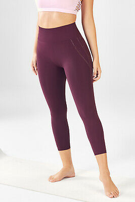 Fabletics High Waisted Seamless Dot Capri Burgundy Leggings XS (4) NWOT $39