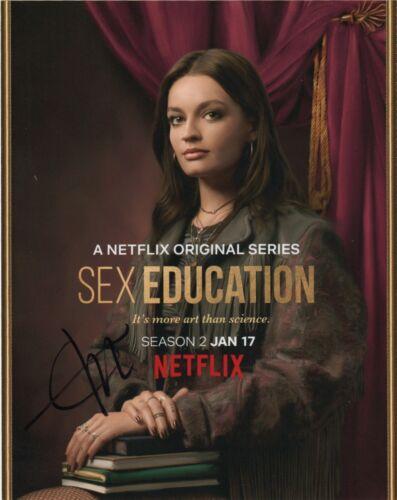 Emma Mackey Sex Education Autographed Signed 8x10 Photo COA 2020-1