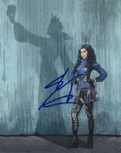 Sofia Carson Descendants Autographed Signed 8x10 Photo COA 2020-3