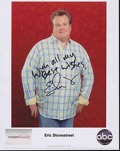 ERIC STONESTREET HAND SIGNED 8x10 COLOR PHOTO+COA     CAM FROM MODERN FAMILY