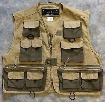 9a47b6ee13ba8 FIELD & STREAM Size S Fly Fishing Vest Khaki 15 Pocket Zip Front Hunting  MINT