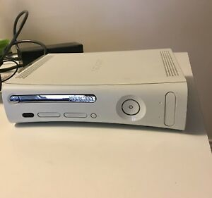 Xbox 360 with kinetic EXCELLENT!!!