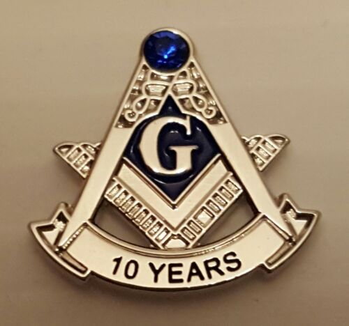 Masonic 10 year service pin silver blue stone at the top