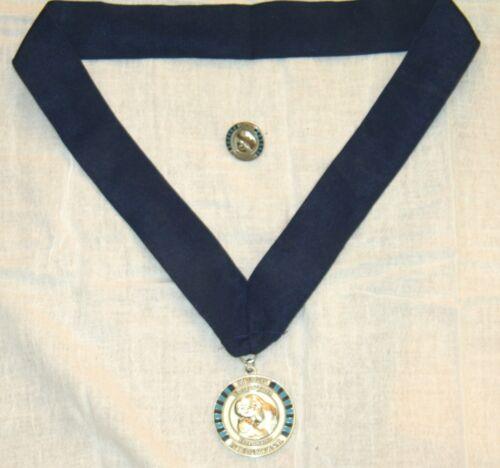 Kiwanis International Walter Zeller Fellowship medal and lapel pin