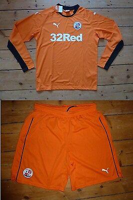 CRAWLEY TOWN FC Football Shirt & Shorts 2014/15 Size:XL Soccer Jersey GK top image