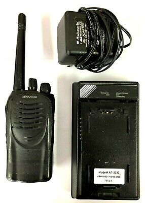 Kenwood Tk-2160 16 Channel Vhf 136-174 Mhz 5w Portable Radio W Charger