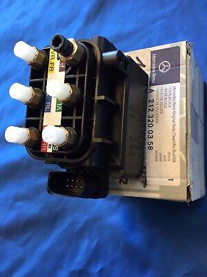 Mercedes 2123200358 Ventilblock für Luftfederung neu Originalteil  212 320 03 58