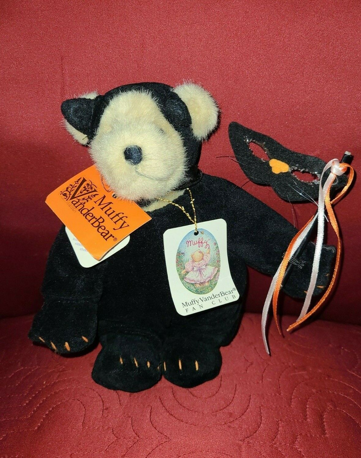 NABCO Muffy Vanderbear Black Cat Halloween I w/Glitter Mask Factory Dress 1982