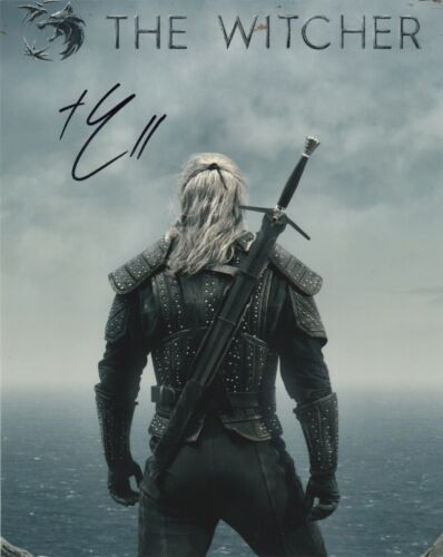 Henry Cavill The Witcher Autographed Signed 8x10 Photo COA 2019-1