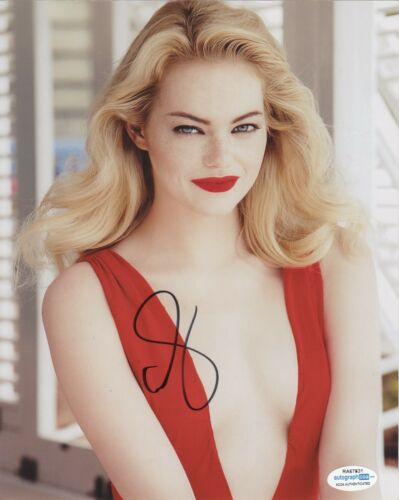 Emma Stone La La Land Autographed Signed 8x10 Photo ACOA #12