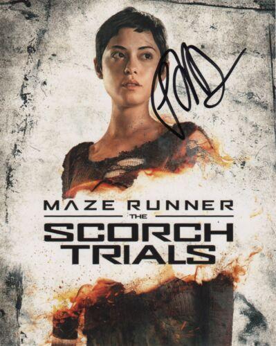 Rosa Salazar Maze Runner Autographed Signed 8x10 Photo COA #J4