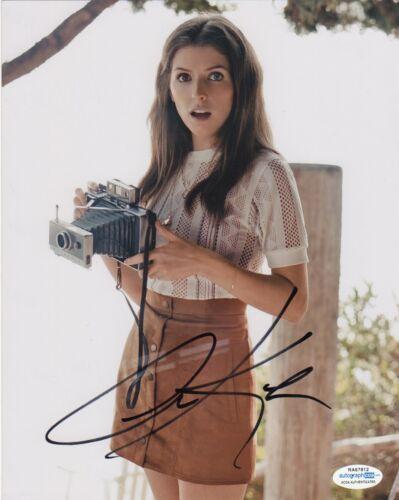 Anna Kendrick Sexy Autographed Signed 8x10 Photo ACOA #16