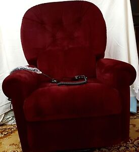 ARMCHAIR - Electric lift chair with massage and heat Semaphore Park Charles Sturt Area Preview