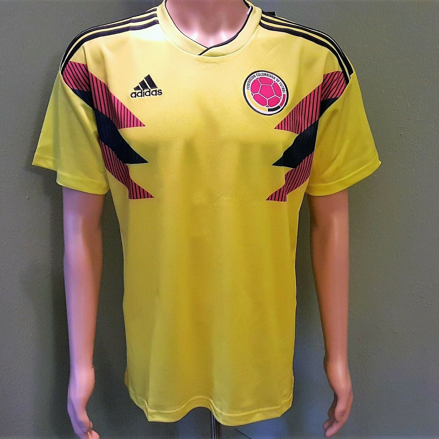 Colombia National Team Home Men's Soccer Jersey 2018 World C