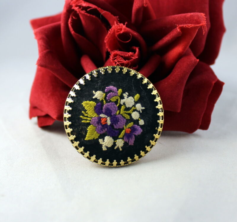 Vintage Petit  Point Gold tone  Pin Brooch   CAT RESCUE