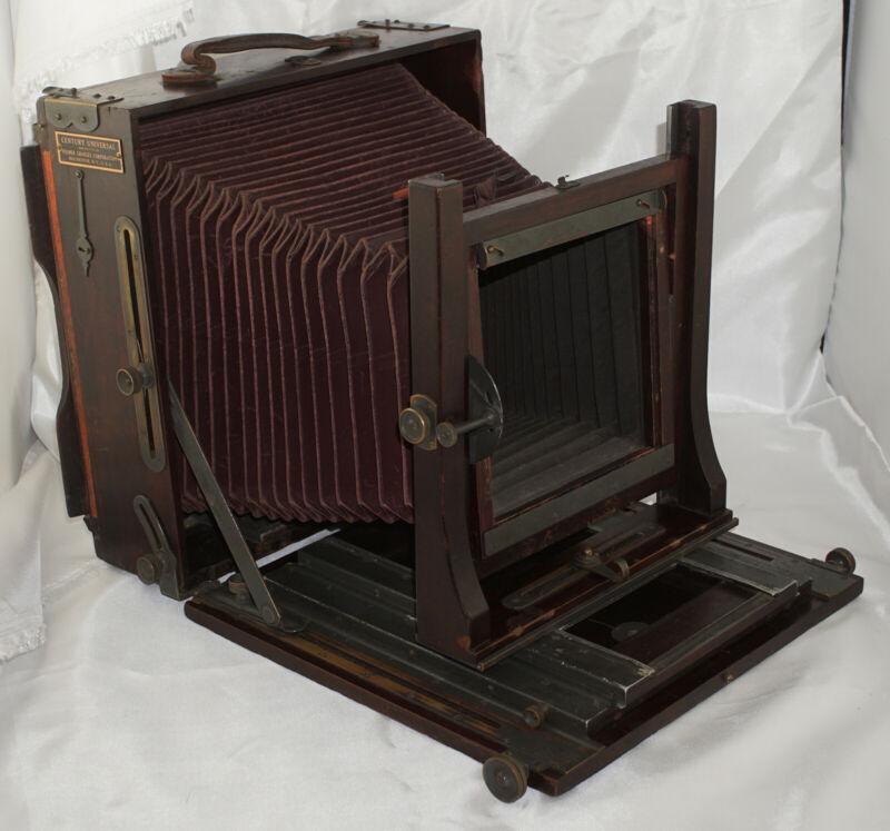 Folmer Graflex 8x10 Century Universal Camera