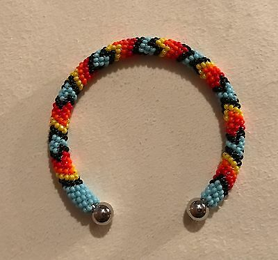 Beautiful New Native American Lakota Sioux Beaded Bracelet