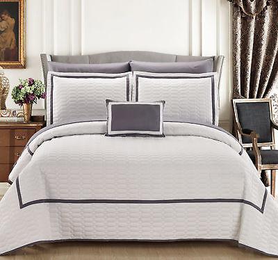 Chic Home Design Mesa 8 Piece Quilt Set, White/Gray Queen Size ()