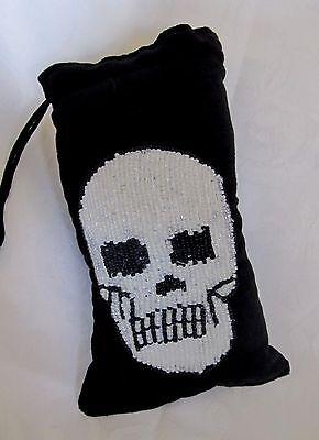 - NEW Padded Pipe Pouch Velvet with Beaded Skull Design  Large  Drawstring Closure