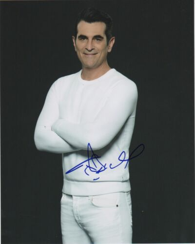 Ty Burrell Modern Family Autographed Signed 8x10 Photo COA MR031