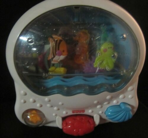 Fisher Price Ocean Wonders Aquarium Crib Soother Fish Seahorse Light Music Sound
