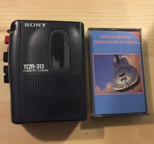 Sony Tape Player Walkman / TCM-314 with Tape