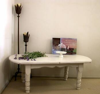 SHABBY CHIC COFFEE TABLE Hollywell Gold Coast North Preview