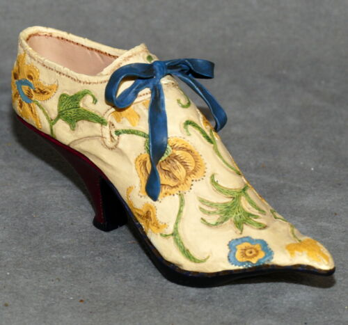 """Miniature Ceramic JUST the RIGHT SHOE Floral Ribbon BROCADE COURT 4.5"""""""