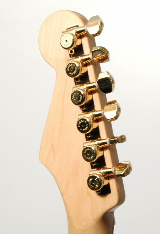 Hipshot GOLD 6-InLine Grip-Lock Non-Staggered Closed Guitar Tuners w/ UMP Kit