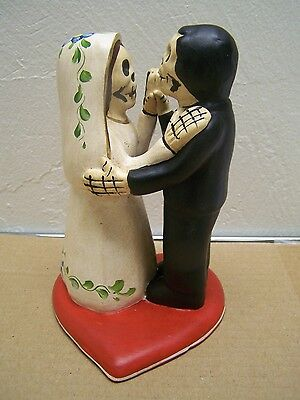 Day of the Dead Wedding Couple on Heart Cake Topper - Peru](Dead Hearts Wedding)