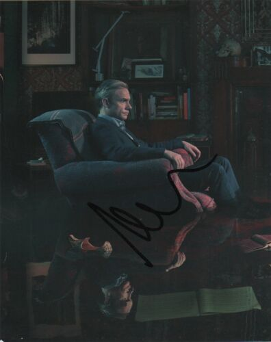 Martin Freeman Sherlock Autographed Signed 8x10 Photo COA #D24