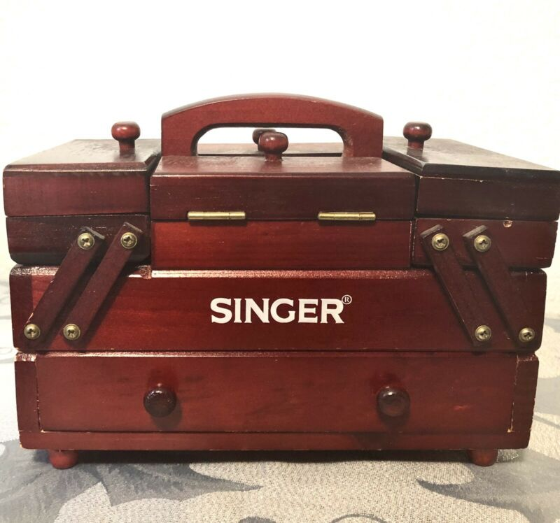 VINTAGE Singer sewing box with thread and notions