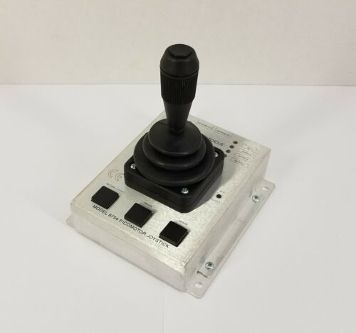 Newport / New Focus Model 8754 PICOMOTOR Joystick Controller