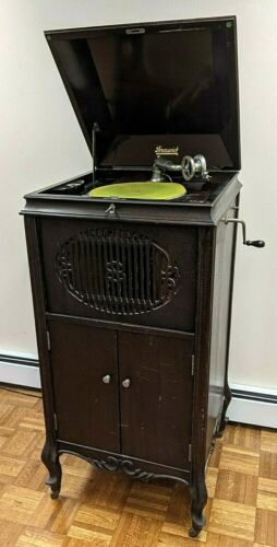 Antique Brunswick Victrola with Record Collection. Working. Includes Extras!