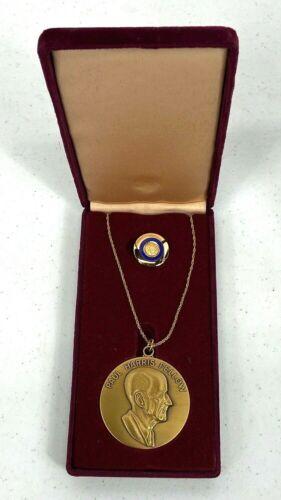 Vintage Paul Harris Fellow Rotary Foundation Boxed Medallion
